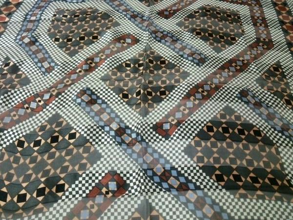 イヴサンローラン スカーフ 黒×白×ダークブラウン×マルチ 5