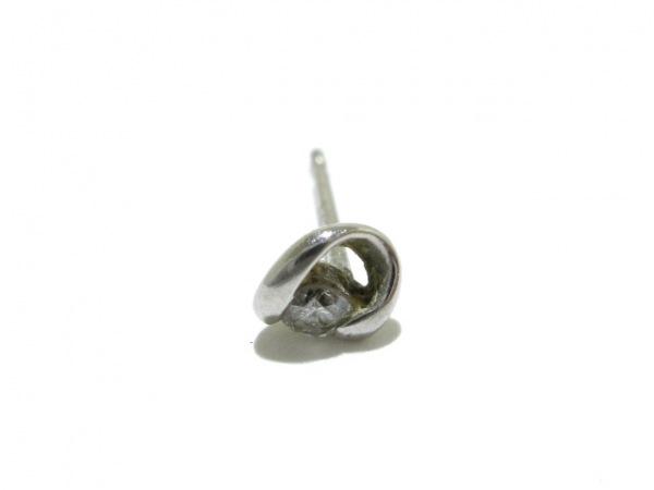 ノーブランド ピアス Pt900×ダイヤモンド 1