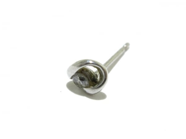 ノーブランド ピアス Pt900×ダイヤモンド 2