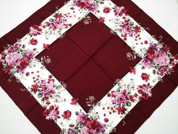 イヴサンローラン スカーフ美品  ボルドー×マルチ 花柄 1