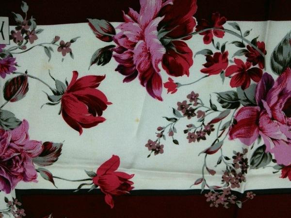 イヴサンローラン スカーフ美品  ボルドー×マルチ 花柄 6