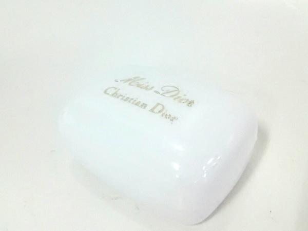 クリスチャンディオール 小物新品同様  ベージュ 石鹸/Miss Dior 2