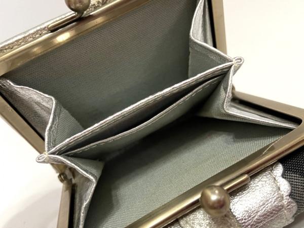 ANNA SUI(アナスイ) 3つ折り財布 黒×ダークグレー×シルバー がま口 4