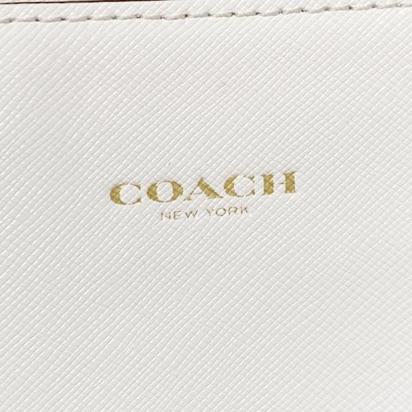 COACH(コーチ) - 白 レザー 8