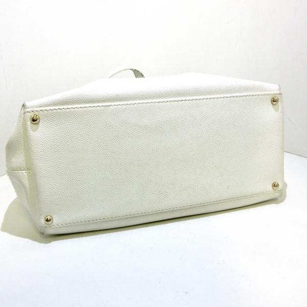 CHANEL(シャネル) トートバッグ - 白 巾着型 キャビアスキン 4