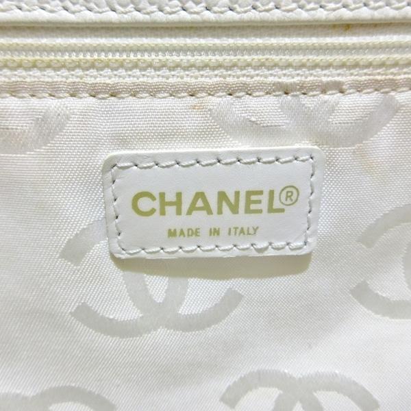 CHANEL(シャネル) トートバッグ - 白 巾着型 キャビアスキン 7