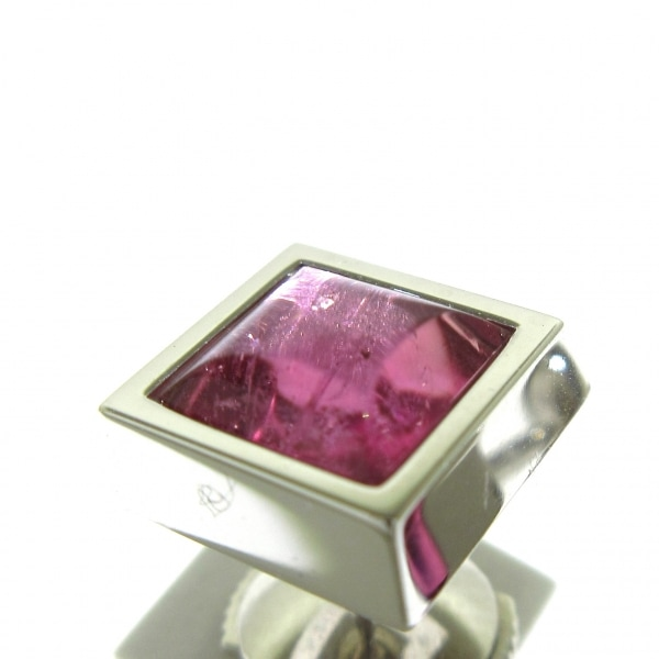 OMEGA(オメガ) ピアス美品  - K18WG×ピンクトルマリン ピンク 9