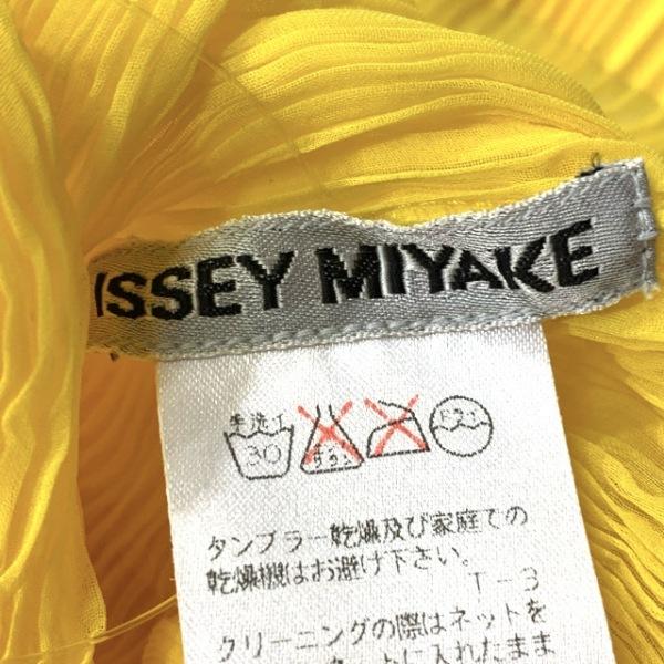 ISSEYMIYAKE(イッセイミヤケ) サイズL レディース - イエロー 3